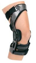 Donjoy Armor with Fourcepoint™ Knee Brace