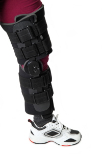 A knee brace is usually worn for a few weeks after patella fractures to keep the knee in extension