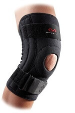 Knee braces can be used to protect the knee from further injur