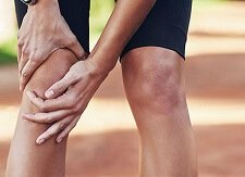 Front Knee Pain: Causes, Symptoms, Diagnosis & Treatment